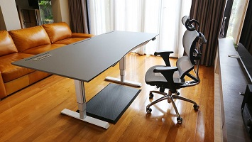 โต๊ะไฮเทค สิ่งประดิษฐ์นวัตกรรม ที่น่าสนใจมากที่สุด